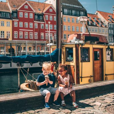 Take an ice cream break in lovely Nyhavn
