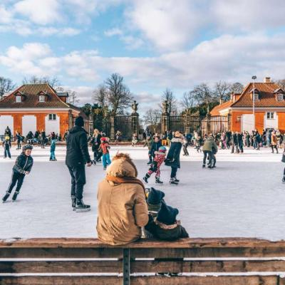 Ice skate in the neighbourhood of Frederiksberg in Copenhagen